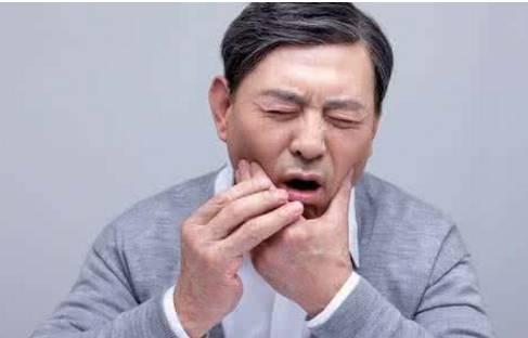 牙疼要去深圳口腔医院看医生吗?