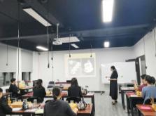 在选择优质的上海美容师培训时需要做些什么