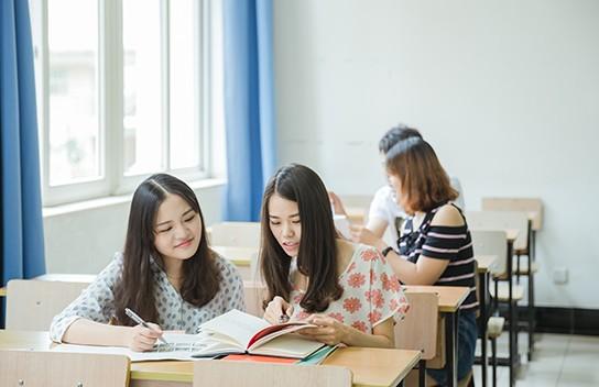 职业规划培训老师解说:完整的职业规划会面临哪些抉择