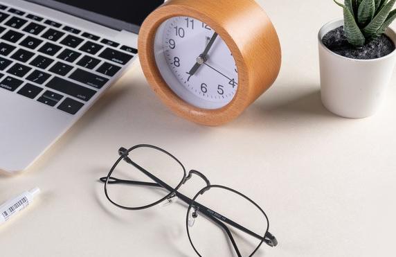 如何评判眼镜采购网的优劣