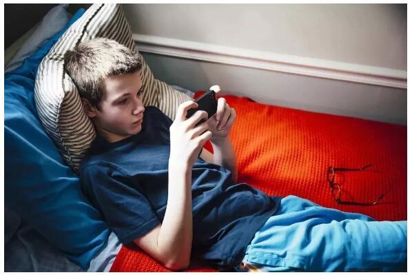 网瘾学校解读网瘾的主要特征是什么?