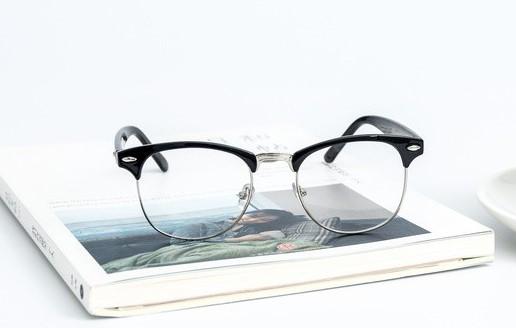 选择眼镜进销存管理软件的三大理由
