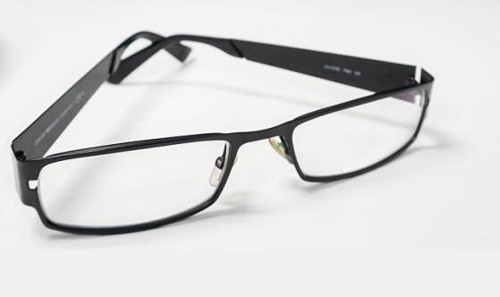 眼镜进销存管理软件如何选择
