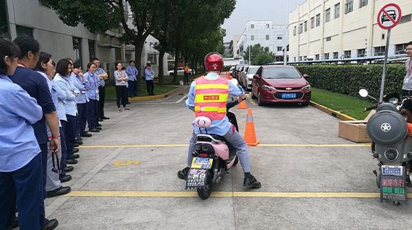 电动两轮车安全驾驶的注意事项