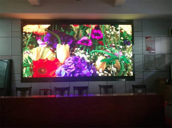如何辨别深圳室内全彩屏的优劣?