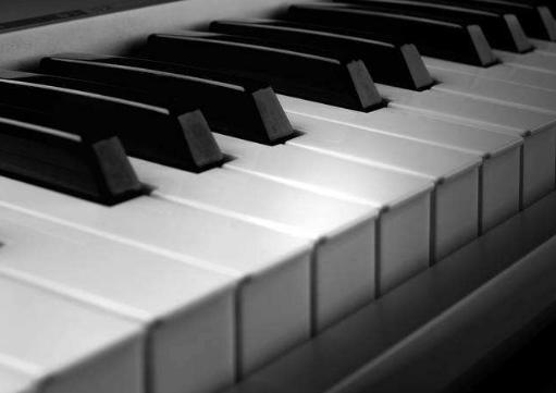 如何判断知名钢琴品牌的音准如何