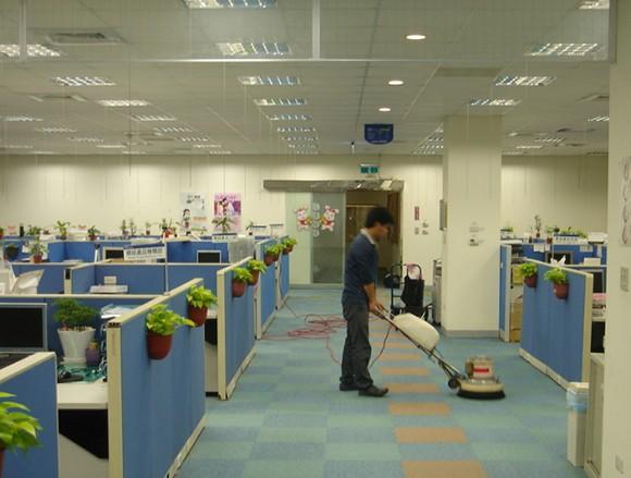 选择上海办公室日常保洁服务公司对不同的保洁托管对象可起到哪些作用
