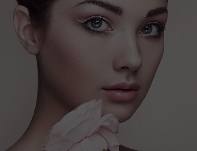 上海美容师培训学校详解:舞台化妆造型与哪些因素相关?