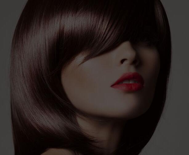 上海美容师培训学校讲解:化妆时更适宜选用哪些类型的腮红?