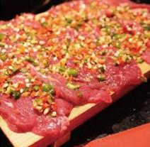 如何选择火锅食材店加盟公司?