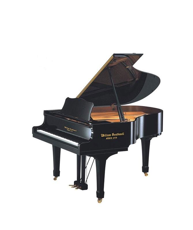 进口钢琴品牌店介绍:钢琴有哪些使用注意事项