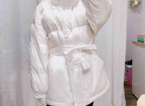 法式羽绒服如何设计