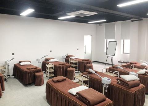 上海美容化妆培训学校.jpeg