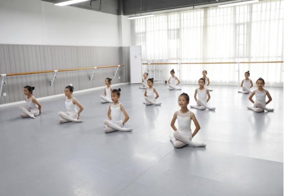 成都舞蹈培训.png