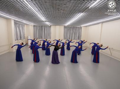 成都舞蹈培训 3.png