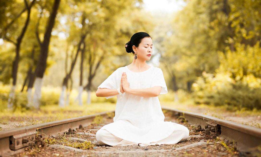 瑜伽课程.jpg