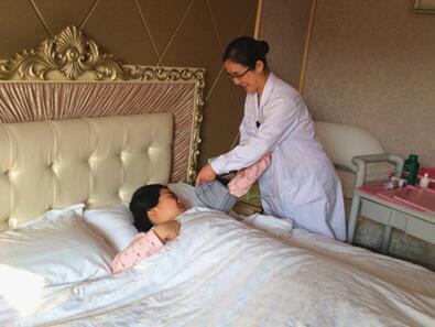 广州母婴中心 2.jpg