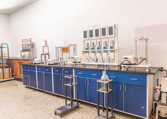 实验室离心萃取机1.jpg